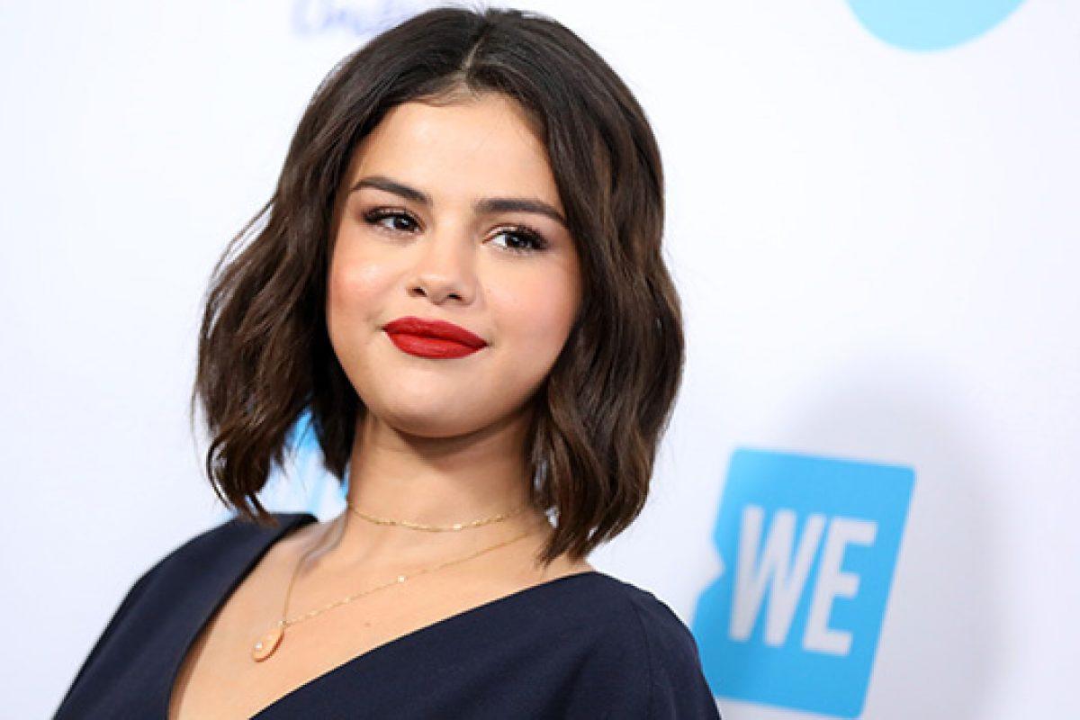 Selena Gomez ayudó a una fan que sufrió un ataque de ansiedad durante un meet and greet