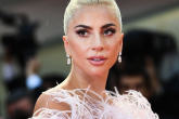 """Lady Gaga deslumbró en la premiere de su película """"A Star is Born"""""""