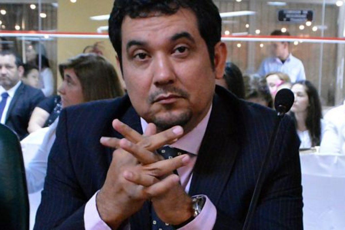 Concejal asunceno Martín Arévalo asumirá en reemplazo de González Daher