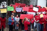 Manifestantes exigen renuncia de González Daher