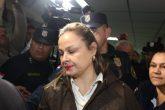 Esposa de Díaz Verón vuelve a su casa