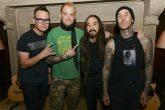 Steve Aoki y Blink 182 se unieron para lanzar un single juntos