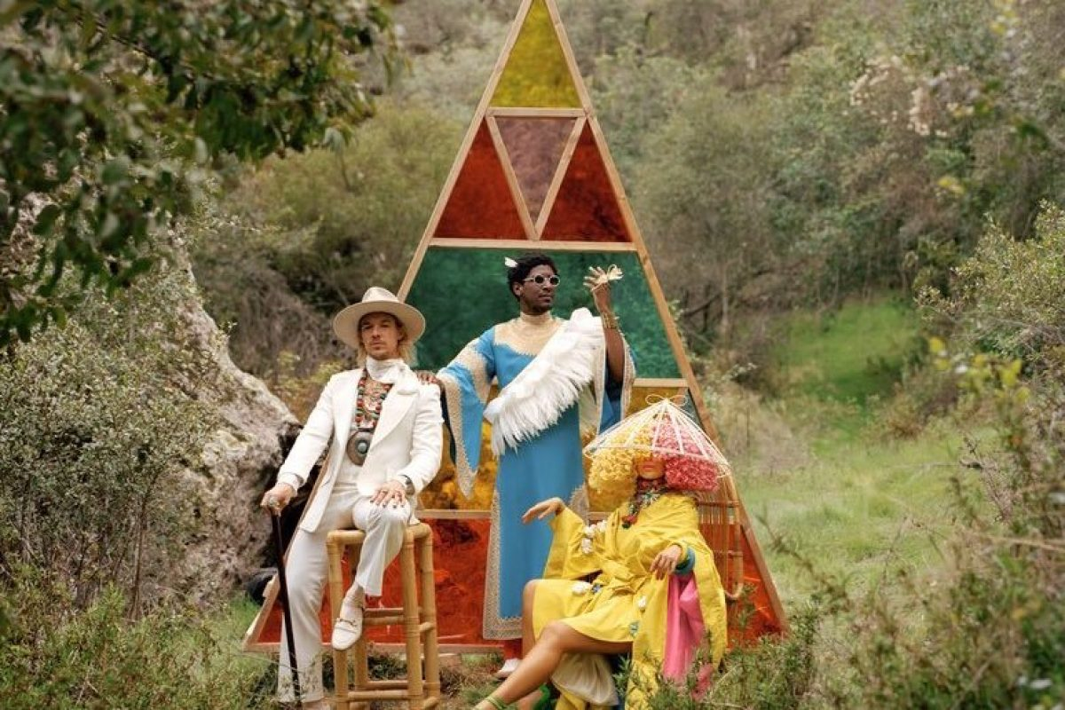 "Labrinth, Sia y Diplo estrenaron su single ""Mountains"""