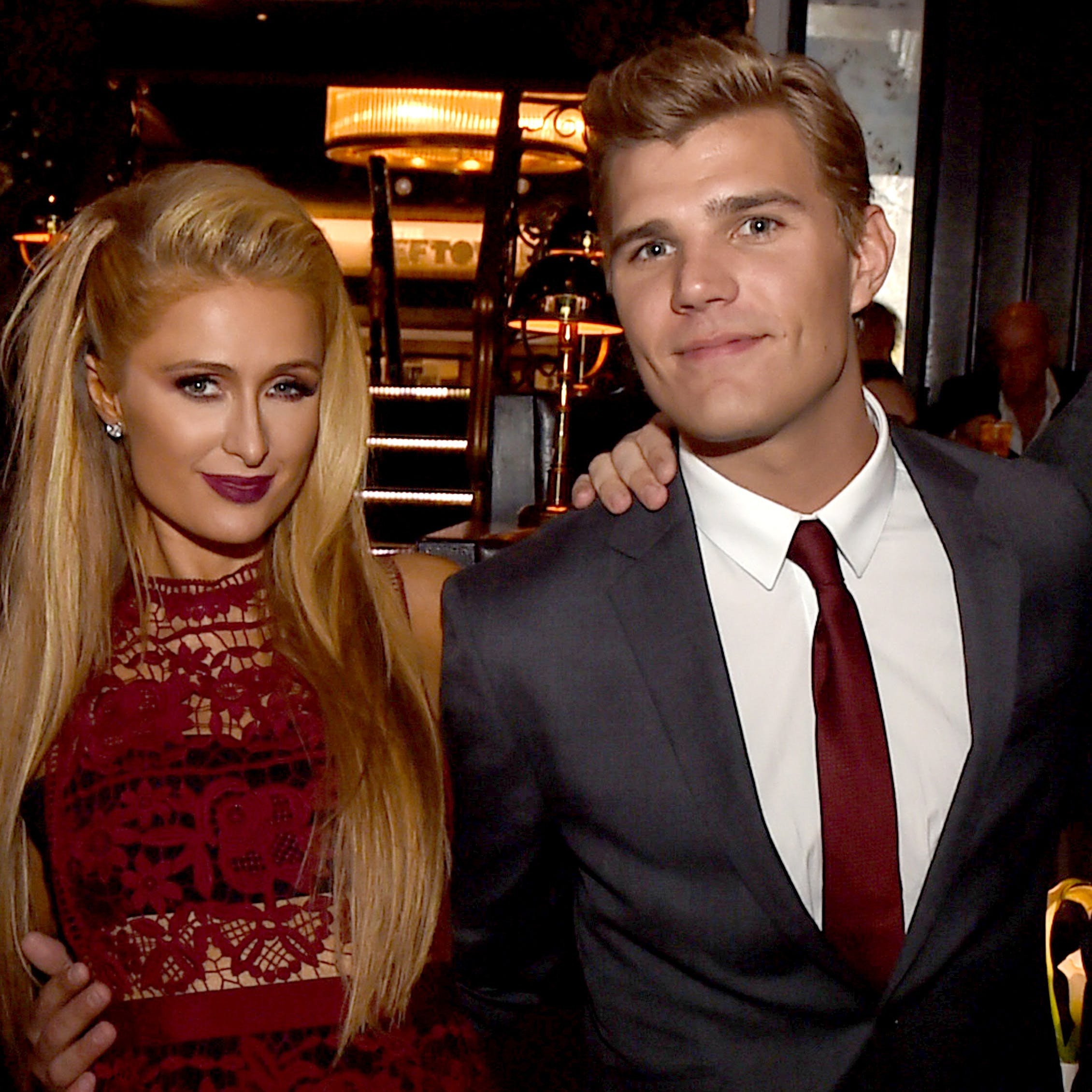 Paris-Hilton-Chris-Zylka-1