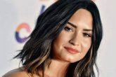 """Demi Lovato respondió a fan que llamó """"podrido"""" a su entorno"""