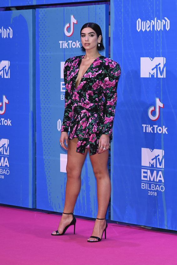 BILBAO, SPAIN - NOVEMBER 04: Dua Lipa attends the MTV EMAs 2018 at Bilbao Exhibition Centre on November 4, 2018 in Bilbao, Spain.  (Photo by Carlos Alvarez/Getty Images for MTV)