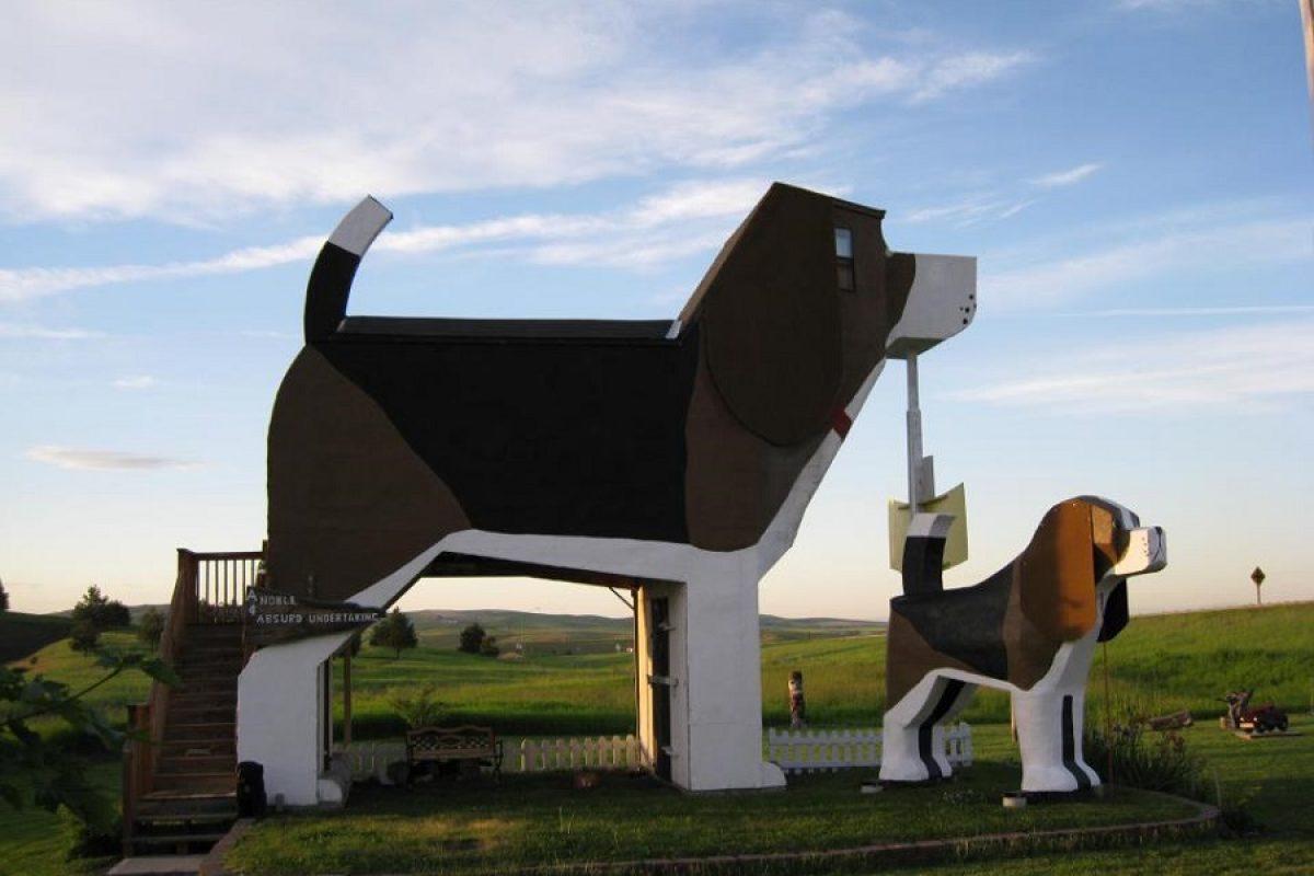 Un hotel con forma de perro