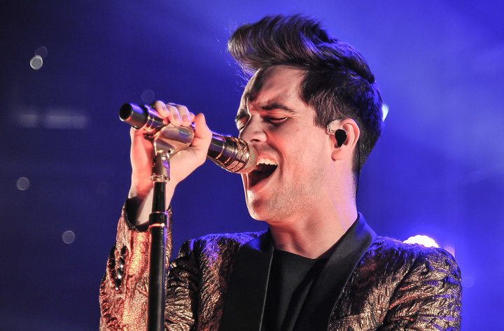 OAKLAND, CA - MARCH 25:  Singer Brendon Urie of Panic! At The Disco performs on the 'Death Of A Bachelor Tour' at Oracle Arena on March 25, 2017 in Oakland, California.  (Photo by Steve Jennings/WireImage)