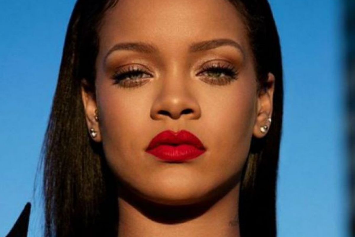 Rihanna pretende volver al mundo musical y sus fans se impacientan