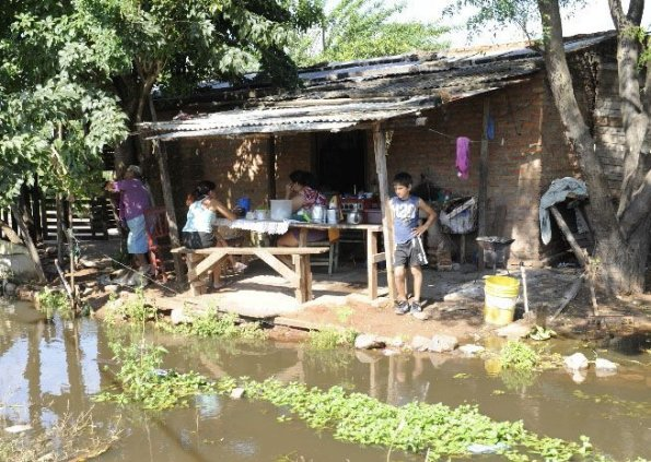el-proyecto-busca-mejorar-la-calidad-de-vida-de-las-familias-que-residen-en-los-banados-_595_423_20493